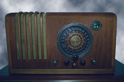 Airline Tele-Dial Radio