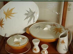 Collections - Ben Seibel Harvest Time dishware (Thom Watson) Tags: collections iroquois harvesttime benseibel dishware 1950s 1960s leaves salt pepper creamer china casserole sugar saucer collectibles modernism midcenturymodern