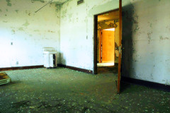 Haunted Hospital (Mark Strozier) Tags: 10312004 hauntedhospital abandoned