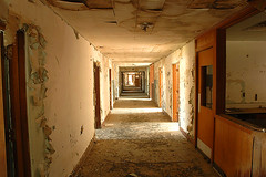 Haunted Hospital (Mark Strozier) Tags: 10312004 hauntedhospital abandoned tccomp012