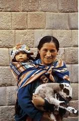 Chola (Jose Alarco) Tags: cusco