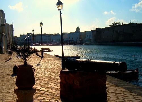 بنزرت مدينة تونسية جميله 123256683_ce2c4e0284.jpg