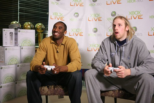 Kobe and Kaman - flickr/gamescoreblog