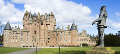 Glamis Castle, Scotland (ajnabeee) Tags: castle scotland strathmore historicscotland royalty queenmother royals glamis glamiscastle