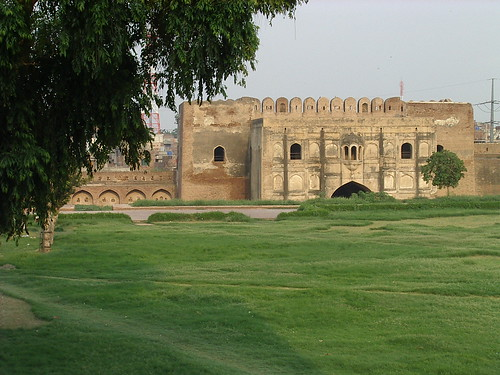 Lahore Fort - Masti Gate | Flickr - Photo Sharing!