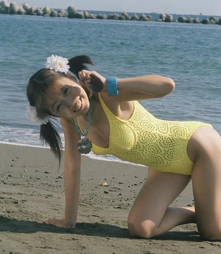 Japanese bikini girl Marie Suzuki posing on sand