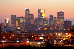 Minneapolis (jpnuwat) Tags: city longexposure light usa minnesota skyline night downtown dusk minneapolis redsky twincities 70300mmf456d dsc0067 1020081