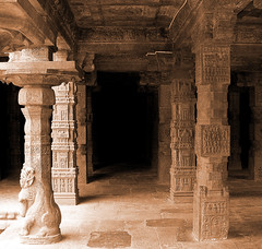 Darasuram-Yaali-pillar-sepia (Ravages) Tags: world old travel sculpture india art history stone ruins asia carving temples monuments indianarchive tamil tamilnadu chola indianness darasuram visitindia visitchennai