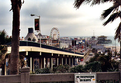 the SM Pier (by: Cathy Cole, creative commons license)