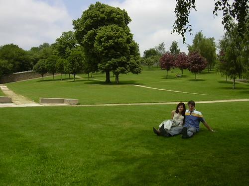 Mi hermano y su novia en Parque de Bonaval - Santiago de Compostela