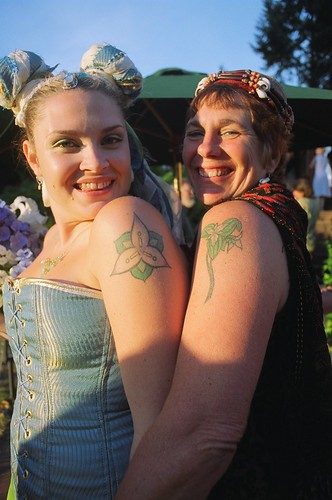 The bride & her mother (and our matching trillium tattoos)