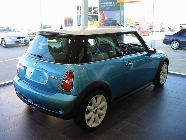 blue mini coopers minicoopers r50 electricblue
