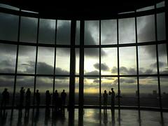 tokyo sunset (miumomo) Tags: sunset sky art japan museum architecture tokyo interestingness1 roppongi roppongihills oneyear