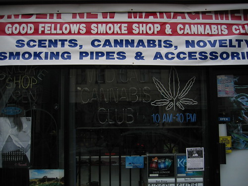 Good Fellows Smoke Shop & Cannabis Club, Haight St