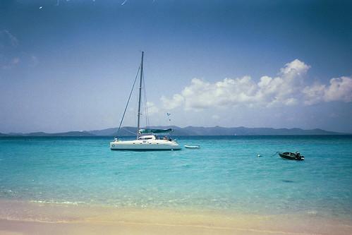 bvi honeymoon sailing britishvirginislands whitebay carribean blue