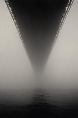 brooklyn bridge (particle-wave) Tags: brooklyn bridge fog bw blackandwhite nyc brooklynbridge newyork deleteme5 saveme11 savedbythedeletemegroup