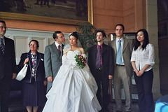 tentative de bisou (Baptiste) Tags: 2004 mariage marcoyun marco yun laurentr