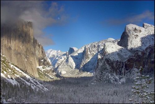 Yosemite: Snow Storming Brewing by jono