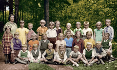 Color School Photo 1936 (Steffe) Tags: school summer 1936 sweden colorized tungelsta schoolphoto oldfamilyphotos srmland sdermanland