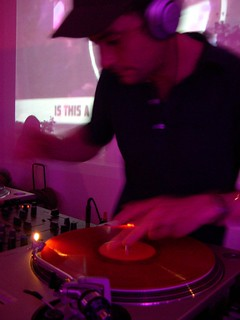 Bonobo (Ninja Tune - Brighton, Angleterre) Dj set @ Architekture Sonore #3 Organix