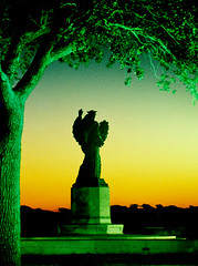 charleston early (fubuki) Tags: charleston morning batterypark statue night green southcarolina south southern film expiredfilm 35mm slr interesting