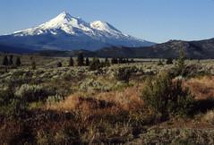Mount Shasta 06-86 (wanderingnome) Tags: california mountain pentax mountshasta mtshasta slidescan mesuper bestgeneralview ©wanderingnomez 410explorepage021408