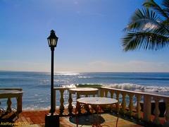 Solo Frente al Mar (Ale Reyes) Tags: paisajes beach playa salvador elsalvador playas paises lalibertad imagesofelsalvador elpulgarcitodeamerica lalibertadel