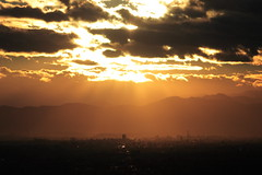Sunlight City (mrhayata) Tags: city sunset sky cloud sun sunlight mountain building sunshine japan geotagged tokyo blog ikebukuro 日本 東京 takao 池袋 東京都 サンシャイン toshima 豊島区 geo:lat=357295814 geo:lon=1397179992 mrhayata