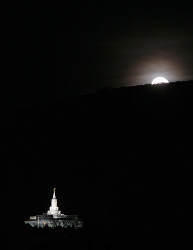 Mormon Moonrise