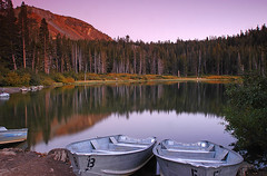 Twin Lakes (wmchu) Tags: california sunset sky lake sunrise dusk sierra shore mammoth twinlakes mammothlakes easternsierra