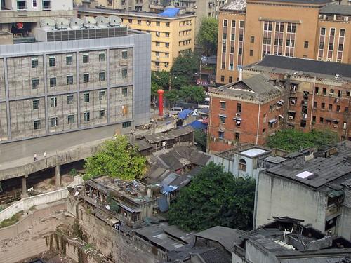 widok z naszego okna hotelowego
