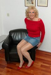 Fond of high heels... (kim femme10) Tags: me kim crossdressing tgirl tranny transvestite miniskirt pantyhose crossdresser trannies travestie transvestism tgirls