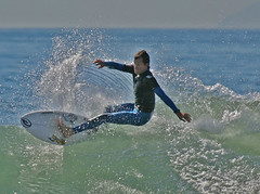Surf Huntington Beach (JohnMMM) Tags: ocean surf surfing huntingtonbeach