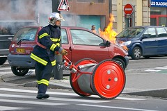 Flaming Twingo (allanimal) Tags: france car geotagged fire strasbourg alsace firefighter twingo allanimal geo:lat=4857885 geo:lon=7739573