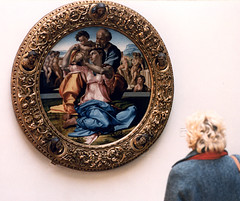 Michelangelo Doni Tondo 1503 (Mr. History) Tags: art museum painting florence uffizi michelangelo renaissance oilpainting giotto uffizimuseum artgalleryandmuseums