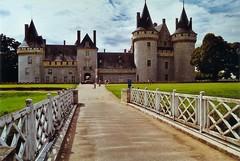 Château de Sully sur Loire (@rno) Tags: art photo interesting centre sully chateau photograpy jeannedarc loiret sullysurloire interessare elinteresar interessieren 興味を起こさせること interessar