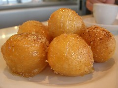 Loukoumades - Nikos Cakes, Oakleigh (avlxyz) Tags: food dessert greek sweet casio donut exilim doughtnut loukoumades loukoumathes