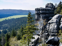 Descent (Dancing Fish) Tags: nationalpark rocks poland moutains rockformations silesia grystoowe sudetenmountains gorystolowe