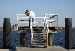 .zack! is shooting (Siebbi) Tags: blue water germany deutschland wasser balticsea blau zack ostsee kiel pontoon schleswigholstein kiellinie kanupolo