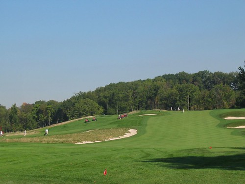 Oakmont Country Club, Hole 3