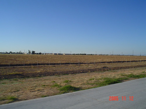 road between el centro and brawley