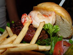 DSC04934 (nattokun) Tags: las vegas black green bar french hotel bay angus burger fries asparagus half lobster grilled patty plain bun mandalay