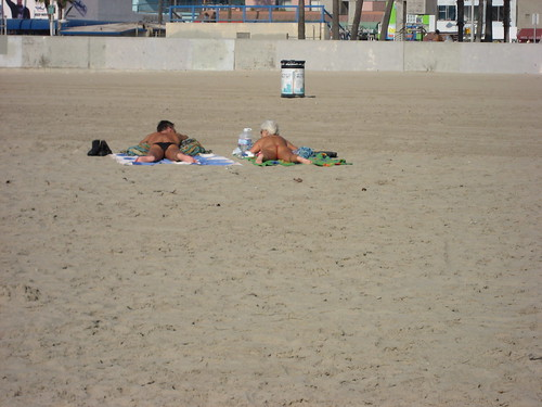 Floss -- thong losangeles california venicebeach beach sunbathe nude floss