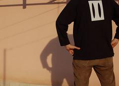 ho perso la testa (brax%) Tags: shadow house rome roma me d50 casa nikon pants bottom ombra io culo terrazzo pantaloni senzatesta spalle centocelle felpanera withoutmyhead exfelpadifabio