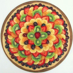 Mosaic in Fruit (jen d. cox) Tags: food fruit circle yummy shiny strawberries tasty pizza bananas grapes squaredcircle kiwi mandarinoranges concentriccircles fruitpizza yummyyummy
