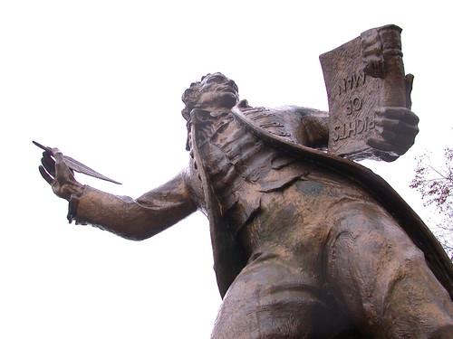 Thomas Paine statue in Thetford (UK)