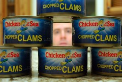Clam Face (ricko) Tags: face deleteme10 cans clams chickenofthesea