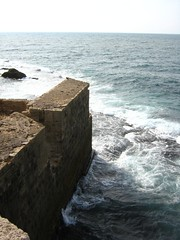 "sea wall in akká • <a style=""font-size:0.8em;"" href=""http://www.flickr.com/photos/70272381@N00/305439530/"" target=""_blank"">View on Flickr</a>"