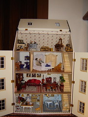 In brighter light (Anna Amnell) Tags: toys dollhouse dollshouse dollhouses puppenhaus nukkekoti nukketalo