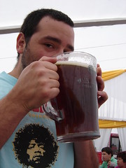 Fiesta de la Cerveza 2006 (ellamiranda) Tags: cerveza mauri malloco octubre2006 fiestadelacerveza coloniaalemana dermnchner cervezasartesanales